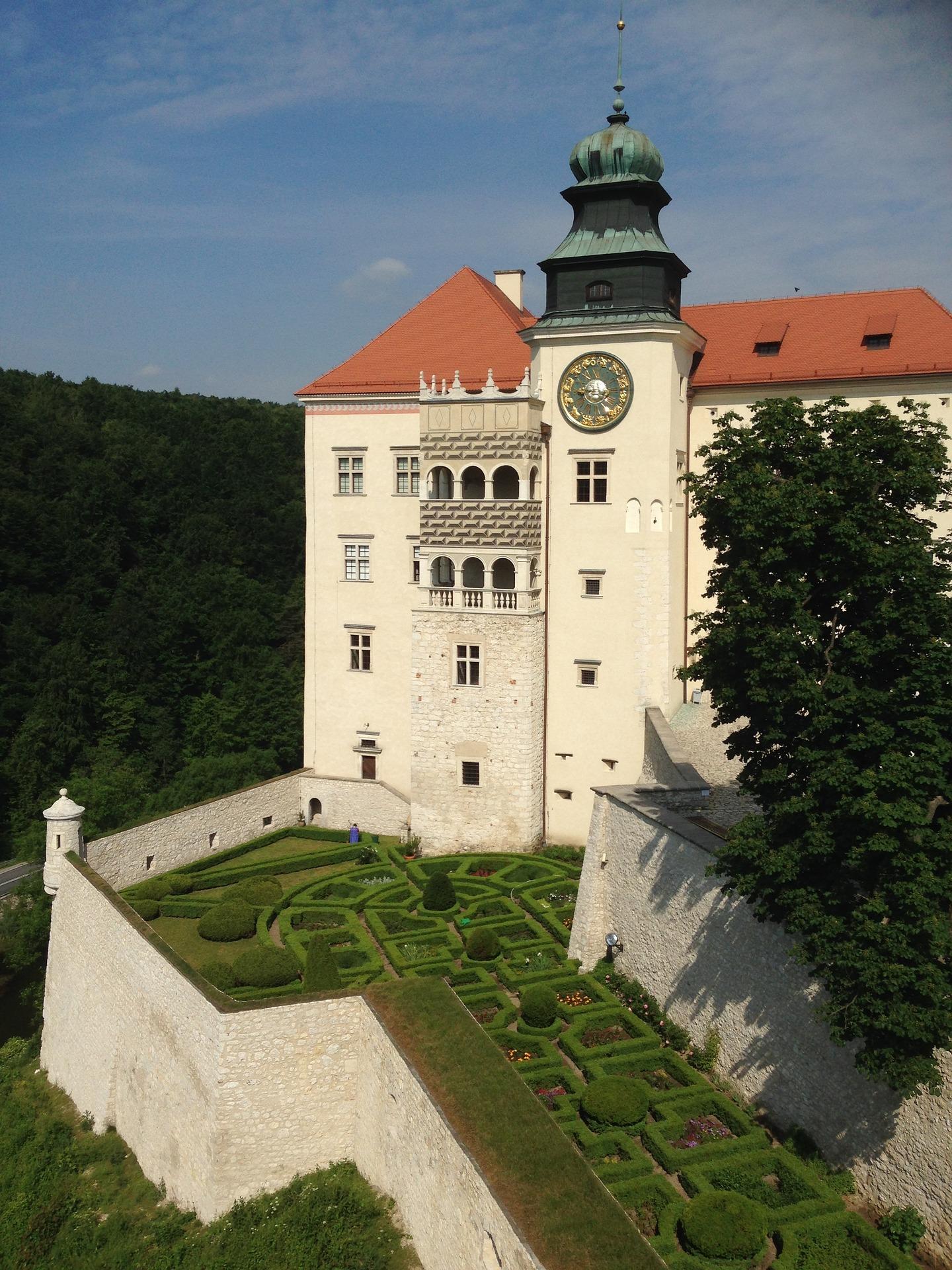 Pieskowa Skała Zamek i ogród