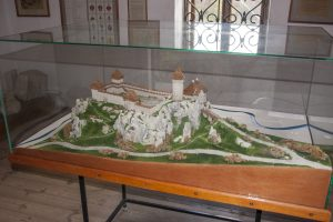 zamek wojcowie - model