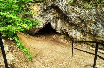 Prace w Jaskini Ciemnej